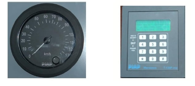 OPTION  1 Classical pointer speedometer and a driver's panel